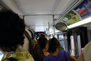 帰りのバスは大混雑