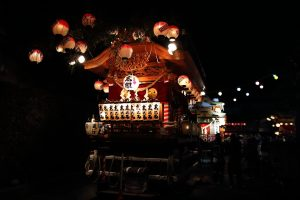 地元の屋台(夜)