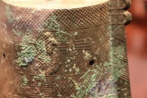 銅鐸に描かれたトンボ